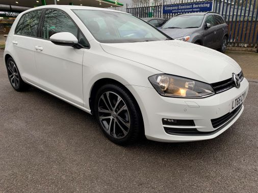 Used VOLKSWAGEN GOLF in Brize Norton, Oxfordshire for sale